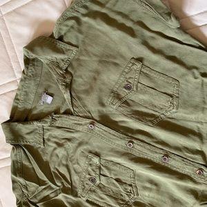 Short sleeved, olive romper, jumper by Aerie.